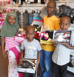 4 kids smiling